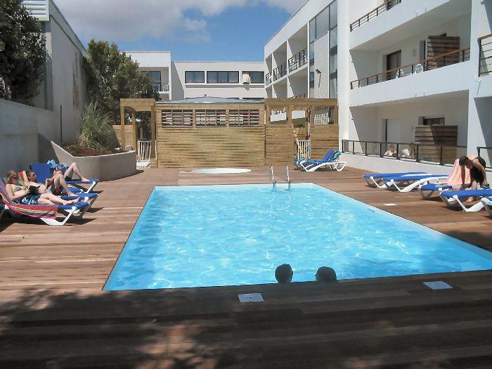 Location la rochelle 24 locations vacances et 60 aux for Appart hotel a poitiers