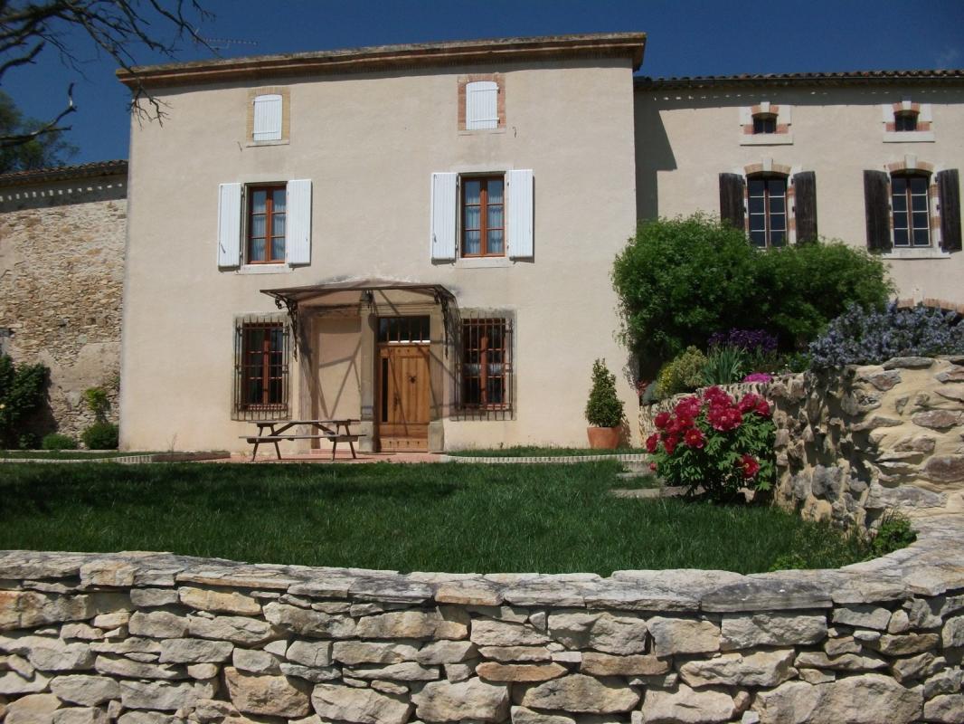 location carcassonne 11 locations vacances et 71 aux environs de carcassonne. Black Bedroom Furniture Sets. Home Design Ideas