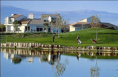 Location castries 5 locations vacances et 162 aux - Residence les jardins de l aqueduc montpellier ...