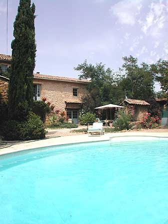 R sidence maison mas avec piscine bagnols sur c ze lokapi for Residence a mohammedia avec piscine
